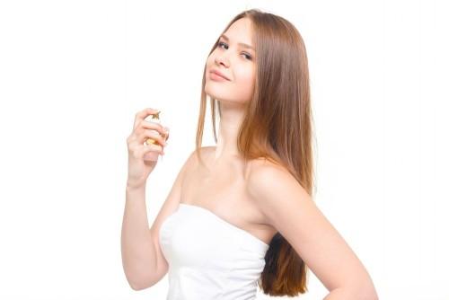 香水のつけ方 香水の香りを抑えるには・・